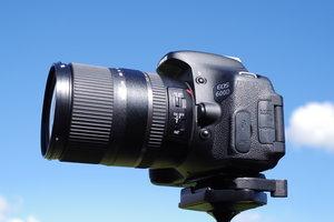 16-300mm f/3.5-6.3 Di II VC PZD MACRO