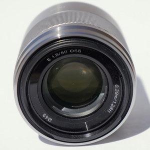 50mm f/1.8 OSS