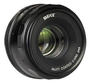 50mm f/2.0