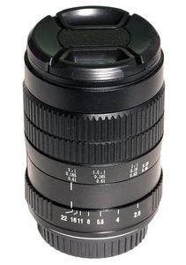 60mm f/2.8 Ultra-Macro 2:1 Lens