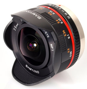 7.5mm f/3.5 UMC Fisheye Lens