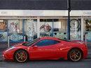Ferrari | 1/250 sec | f/4.3 | 9.2 mm | ISO 125