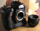 "Nikon D4 | <a target=""_blank"" href=""https://www.magezinepublishing.com/equipment/images/equipment/D4-3740/highres/nikond4digitalslrhandson-18_1325816762.jpg"">High-Res</a>"
