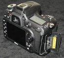 Nikon D7100 Memory Card Slots
