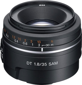 DT 50mm f/1.8 SAM