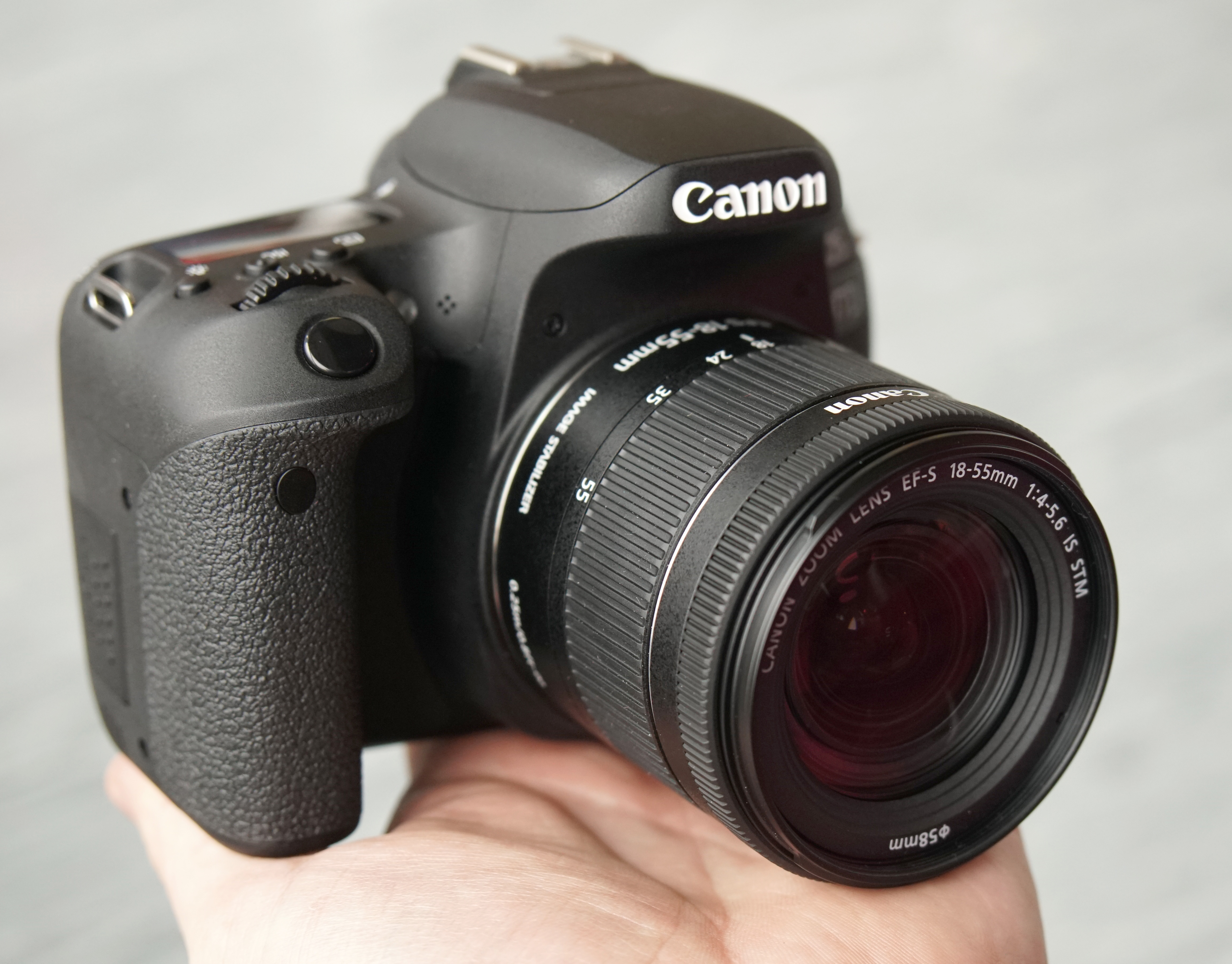 Canon EOS 77D Hands-On Preview | ePHOTOzine