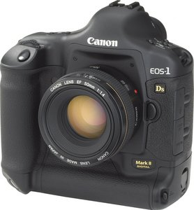 EOS-1DS Mark II