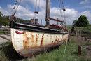 Abandoned Boat | 1/1000 sec | f/8.0 | 28.0 mm | ISO 200