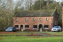 Dunham Medieval Barn | 1/160 sec | f/5.6 | 80.0 mm | ISO 200