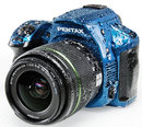"Pentax K-30 Blue On White Top Side | <a target=""_blank"" href=""https://www.magezinepublishing.com/equipment/images/equipment/K30-4145/highres/pentaxK30blueonwhitetopside_1337671912.jpg"">High-Res</a>"