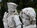 Statues | 1/50 sec | f/11.0 | 37.0 mm | ISO 400