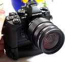 Olympus OM D E M1 With Battery Grip (3)