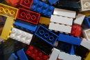 "Lego Macro | 1/30 sec | f/2.0 | 10.2 mm | ISO 500 | <a target=""_blank"" href=""https://www.magezinepublishing.com/equipment/images/equipment/PowerShot-G9-X-Mark-II-6341/highres/Canon-Powershot-G9-X-II-lego-macro-IMG_0052_1489746875.jpg"">High-Res</a>"