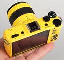 Pentax Q7 Yellow (1)