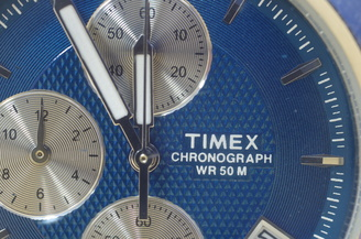 "Watch Macro | 8 sec | f/10.0 | 50.0 mm | ISO 100<br /><a target=""_blank"" href=""https://www.magezinepublishing.com/equipment/images/equipment/SMC-PD-FA-50mm-f28-Macro-307/highres/Pentax-50mm-macro-watch-IMGP4960_1389179678.jpg"">High-Res</a>"
